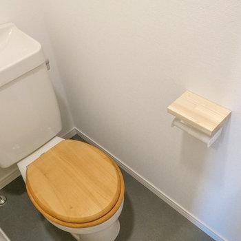 トイレも前回の施工で新しく♪