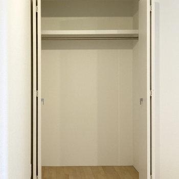 大きめなのでボックスを入れて収納を増やすのもおすすめです。(※写真は3階の同間取り別部屋のものです)