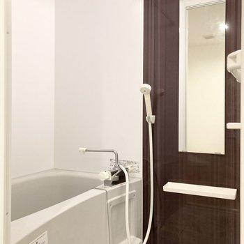 バスルームは乾燥機付きです◎(※写真は3階の同間取り別部屋のものです)