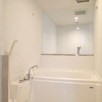 お風呂からこんな風にキッチンが見えるのは初めてです!