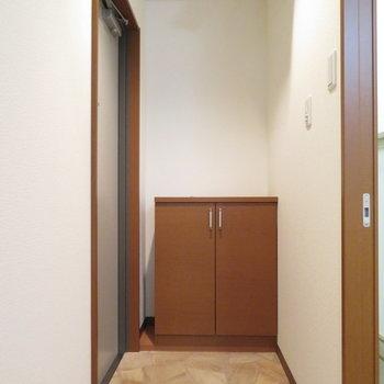 玄関はそれなりに広いです