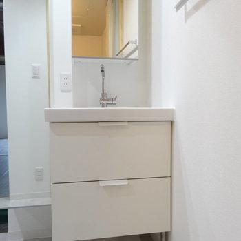 洗面台もさすがのセンス。