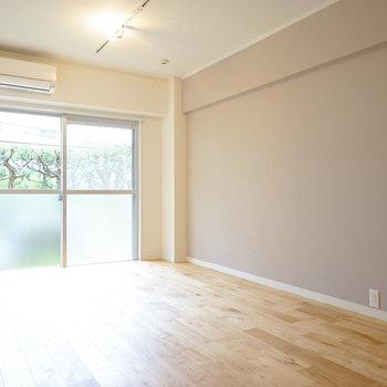 1つの寝室は書斎部屋としても◎※写真はイメージです