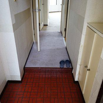 玄関もゆったり~!※写真は工事前です