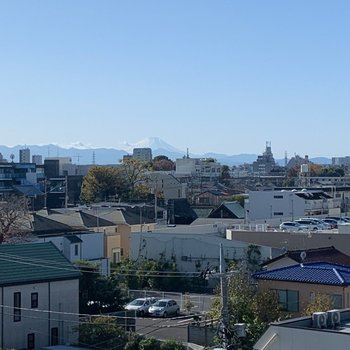 富士山が見える〜!