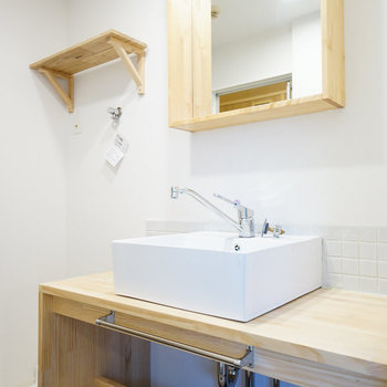 洗面台は大工さんお手製のもの※写真は前回募集時のもの