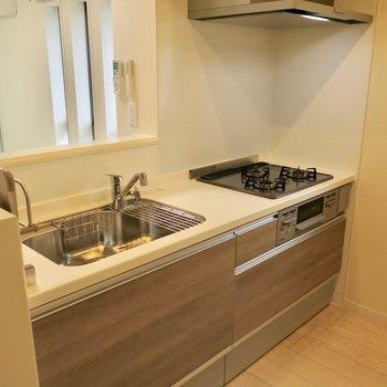 高機能な新品キッチン