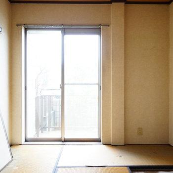 こちらは寝室に※写真は工事前です