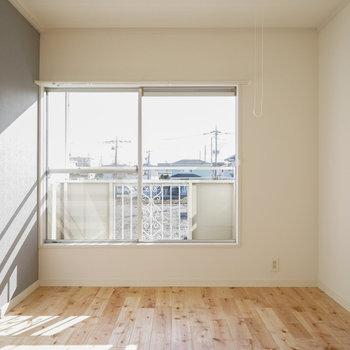 寝室は2面採光なんです!※写真はイメージです