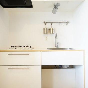 キッチンはTOMOSの2口ガスに!※写真はイメージです