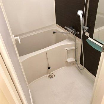 浴室乾燥機も追い焚きも付いてます※写真はクリーニング前