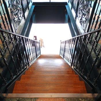 この階段が可愛い〜