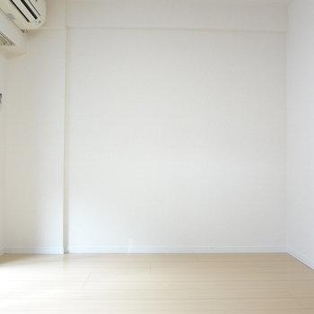 四角い間取りなので家具も配置しやすそう。※写真は3階の同間取り別部屋のものです
