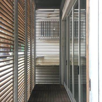 玄関のウッド土間部分