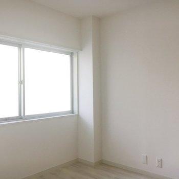 和室のも窓!