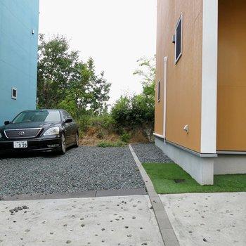駐車場1台分あり