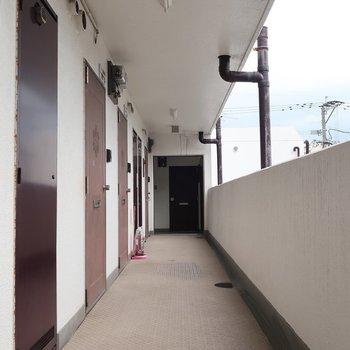 共用廊下はスタンダード