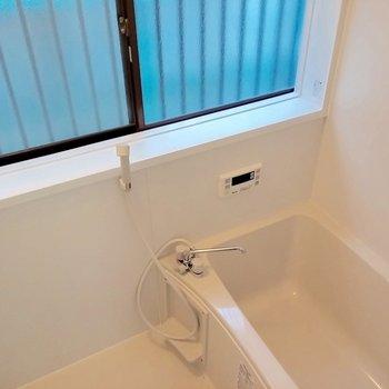 お風呂ピッカピカです。五右衛門風呂とかじゃないんです。