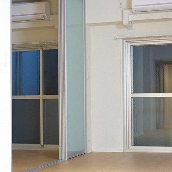 リビング・寝室・スケルトン※写真は別部屋です