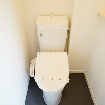 2階にもトイレが!嬉しい♪