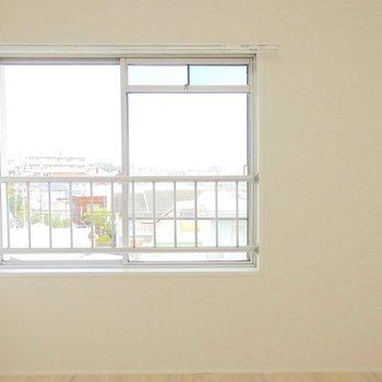 小窓がうれしいです。