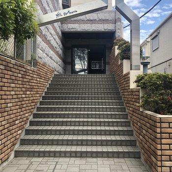 階段、駆け上がりたい!!