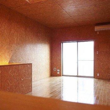 全室無垢フローリング*写真は同タイプの別部屋