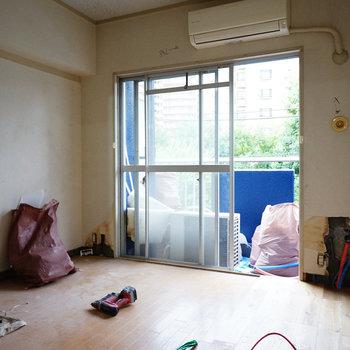 間取り図左側の寝室がこちら※写真は工事中です