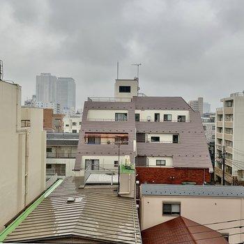 眺望は住宅が見渡せます。