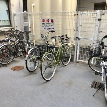 駐輪場はオートロックの中にあります。
