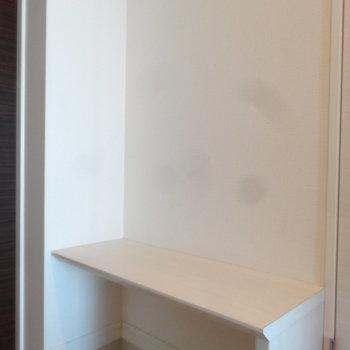 かわいいベンチもあるんです。※写真は同間取り別室です。