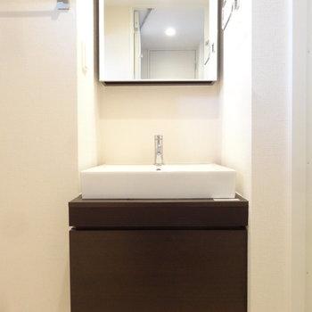 洗面もオシャレだなぁ。※写真は同間取り別室です。
