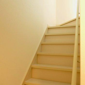 階段はこんな感じ