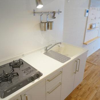 キッチンは2口ガスコンロに交換!※写真はイメージです