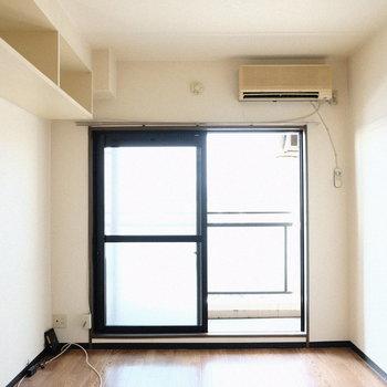 エアコン完備です◎※写真は7階の同間取り別部屋のものです
