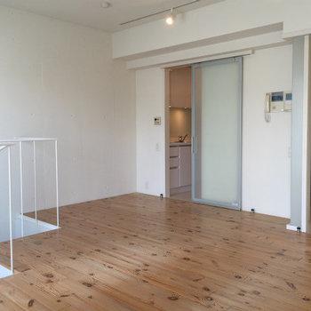 無垢床がイイんです※写真は3,4階のお部屋