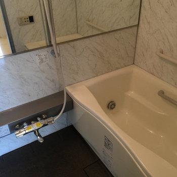 お風呂が贅沢!※写真は3,4階のお部屋