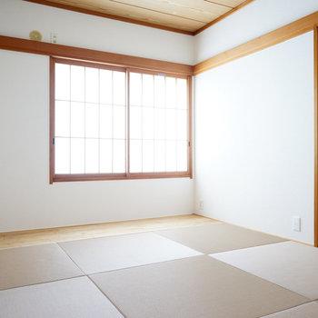 もう1つは、琉球畳の和室に!