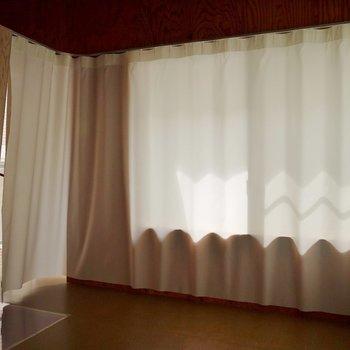 このカーテンがドア代わりに♪。※写真は前回撮影時のもの
