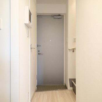 玄関はこちら※写真は前回募集時のものです