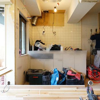 2面採光に明るいキッチンスペース!※写真は工事中です