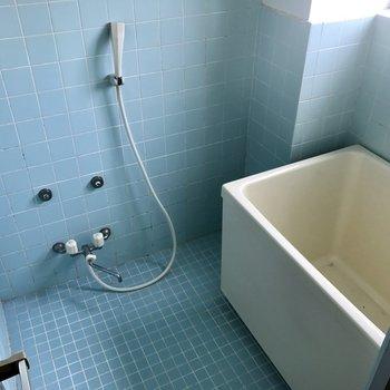お風呂にも窓※工事前です