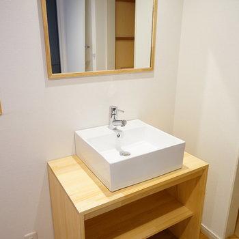 独立洗面台も新設します※イメージ写真です