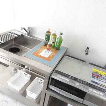 IHは2口でお料理もお掃除も楽々こなせますね。