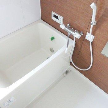 追炊き、浴室乾燥機もついています。