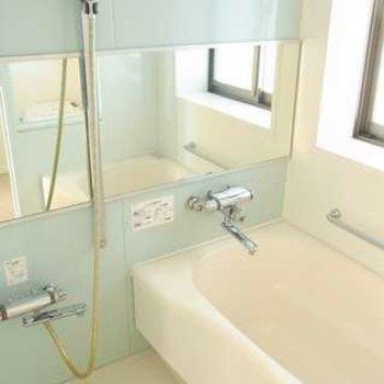清潔感があり綺麗なお風呂です。※写真は別部屋です