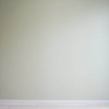 淡いグリーンが疲れた体を癒やしてくれそう ※写真は別部屋