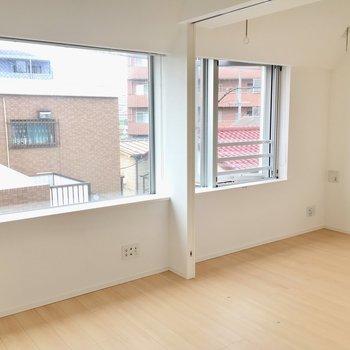 洋室とダイニングはパーテーションで仕切ることできます。