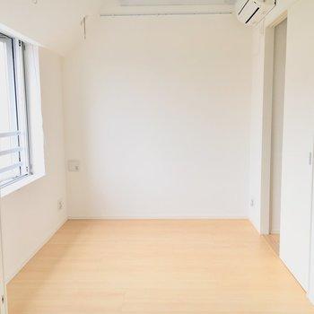 洋室はこんな感じ。