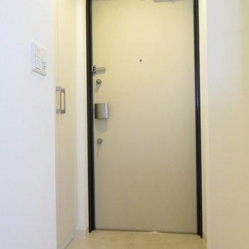 玄関スペースも十分